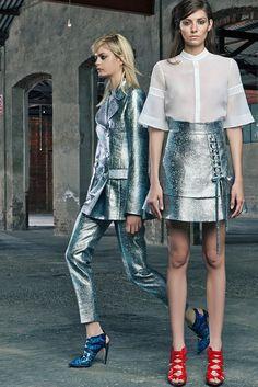 Antonio Berardi   Resort 2015   10 White short sleeve shirt and silver mini skirt