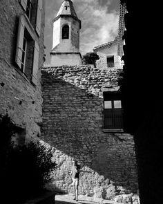 He's a wanderer #belltower #crillionlebrave #cloudsinthesky #provence