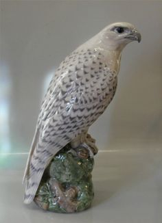 Royal Copenhagen bird 1661 RC Icelandic Falcon Peter Herold 1914 41 cm | eBay