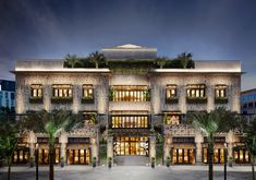 RETNA Takes Over the New Restoration Hardware in Palm Beach - Galerie Mix Use Building, Classic Building, Commercial Architecture, Facade Architecture, Plan Hotel, Restoration Hardware Store, Mall Facade, Brewery Design, Kitchen Room Design