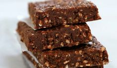 cool No Bake Chocolate Peanut Butter Protein Bars