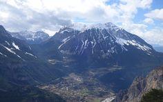 Peña Montañesa (2291 metros), Punta Lierga (2267 metros) y Saravillo
