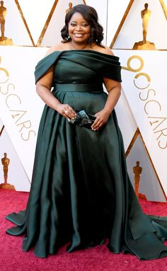 Octavia Spencer Dark Green Celebrity Plus Size Formal Dress Oscars 2018 Plus Size Formal Dresses, Nice Dresses, Oscar Dresses, Prom Dresses, Robes D'oscar, Vestidos Oscar, Oscars Red Carpet Dresses, Red Carpet Looks, Red Carpet Fashion