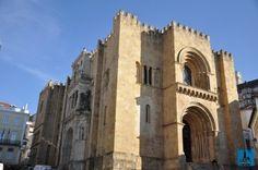 Catedrala veche, una din cele mai frumoase și mai vechi clădiri din Coimbra, Portugalia
