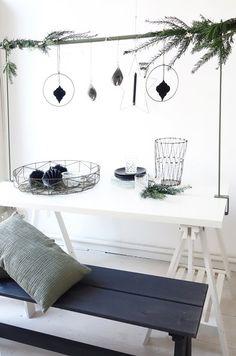 De een houd van histerisch en alles moet dan aangepakt worden van interieur tot tuin. Maar eigenlijk kun je het ook gewoon lekker simpel houden.