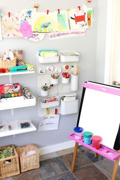 DesignMom.com's Living With Kids: featuring Megan Schiller and her art space usage with Urbio