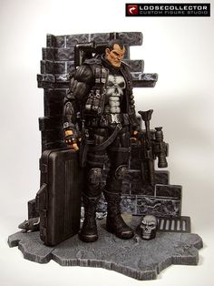 Loosecollector Custom Action Figures Official Website: 2-in-1 Punisher (Olivetti / Checchetto)