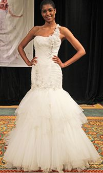 57 Jaw-Droppingly Beautiful Wedding Dresses to Obsess Over: Glamour.com