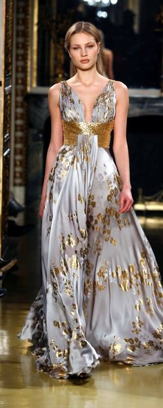 Zuhair Murad ~ Haute Couture Evening Gown, Silver Grey w Gold Style Couture, Couture Fashion, Runway Fashion, Beautiful Gowns, Beautiful Outfits, Dream Dress, Look Fashion, Fashion News, Pretty Dresses