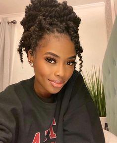 Dark Skin Beauty, Hair Beauty, Protective Hairstyles, Braided Hairstyles, Hair Like Wool, Curly Hair Styles, Natural Hair Styles, Afro, Beautiful Black Girl