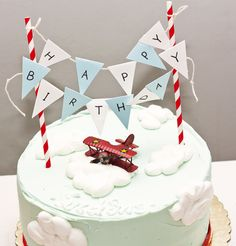 Bubblicious E's Birthday / Airplane - Photo Gallery at Catch My Party Airplane Birthday Cakes, 1st Boy Birthday, 4th Birthday Parties, Airplane Cakes, Birthday Ideas, Time Flies Birthday, Vintage Airplane Party, Planes Party, Festa Party