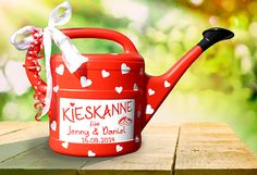 "Money gifts - money gift ""Kieskanne"" for wedding - in red - a designer piece . - Money gifts – Money gift ""Kieskanne"" for the wedding – in red – a designer piece by inspierin - Diy Presents, Diy Gifts, Handmade Gifts, Diy Birthday, Birthday Gifts, Gift Table, Little Gifts, Wedding Gifts, Pom Poms"