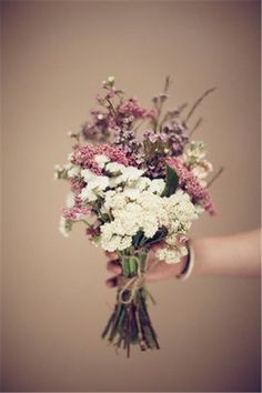 Wedding Flowers»18 Adorable Small Wedding Bouquets for Your Big Day!❤️ See more: http://www.weddinginclude.com/2017/02/adorable-small-wedding-bouquets-for-your-big-day/