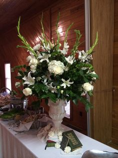 Large white Centerpiece in urn