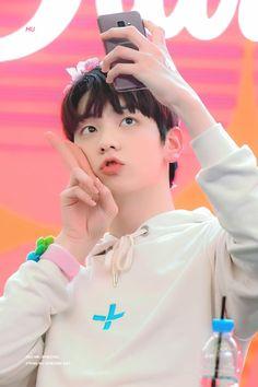 (2) soobin pics (@soobinfolder) | Twitter K Pop, Seokjin, The Dream, Fandom, Listening To Music, K Idols, South Korean Boy Band, Mini Albums, Boy Bands