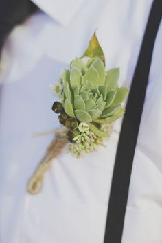 boutonniere Like the boutonnière and the wrap Wedding Fun, Wedding Flowers, Dream Wedding, Wedding Ideas, Groomsmen Boutonniere, Wedding Boutonniere, Sage Green Wedding, Green Weddings, Green Wedding Invitations