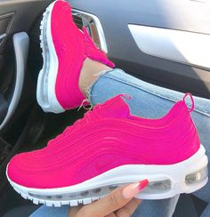 Tendance Sneakers 2018 : Femme Air Max 97 Hyper Tout Rose/Rose Blanche Trendy Sneakers Damen Air Max 97 Hyper All Pink / White Rose Fresh Shoes, Hot Shoes, Air Max 97, Nike Air Max For Women, Nike Women, Cute Sneakers, Sneakers Nike, Nike Trainers, Sneakers Women
