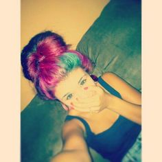 i love her hair<3