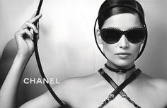 Chanel(香奈儿)2013春夏眼镜系列广告大片 网址:http://www.neeu.com/album/photo.jsp?ID=182430
