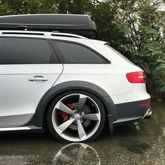 Audi A4 Avant Allroad on S-line wheels