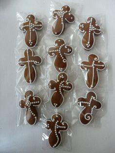 Crucifix, Gingerbread Cookies, Desserts, Food, Gingerbread Cupcakes, Tailgate Desserts, Deserts, Essen, Postres