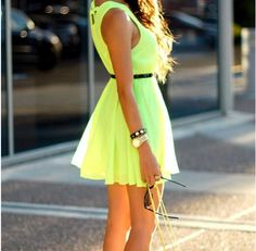 Image about girl in Outfit by Gabriela on We Heart It Neon Dresses, Cute Dresses, Beautiful Dresses, Fashion Dresses, Summer Dresses, Summer Outfits, Gorgeous Dress, Cheap Dresses, Casual Outfits