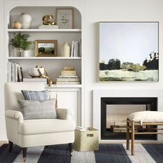 Interior Designer, Liz Marie, shares a brief look inside the brand new Spring Studio Mcgee Target Collection. Studio Mcgee, Home Living Room, Living Room Designs, Living Room Decor, Living Spaces, Target Living Room, Pottery Barn, Bookcase Styling, Living Room Inspiration