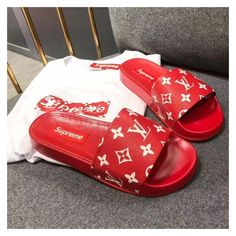 Louis Vuitton lv woman slippers supreme slides by ig: kjshotme lyricsandthreads - Women Slippers - Ideas of Women Slippers Best Sneakers, Sneakers Fashion, Fashion Shoes, Shoes Sneakers, Moda Fashion, Fresh Shoes, Hot Shoes, Cute Sandals, Shoes Sandals