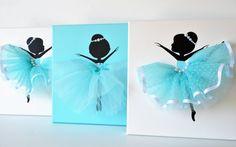 Decoración de cuarto de niños de bailarina. Conjunto de tres 10 x 10 lienzos de bailarina en azul aqua.