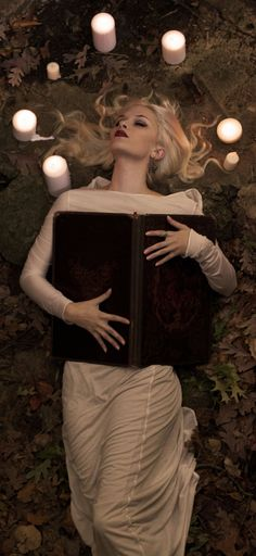 "Magick Wicca Witch Witchcraft:  ""The Autumn #Witch,"" by Artist Reine-Haru & photography by Duncan."