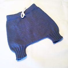 ❄️Moritzshortsen ❄️ #moritzshortsen #mydesign #merinoull #sandnesmerinoull #nyoppskriftpåvei #guttestrikk #drengestrikk #jentestrikk #knitted_inspiration #knitting_inspiration #norwegianknitting #knittersoftheworld #følgstrikkere #sandnesgarn