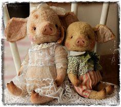 Апрельские малыши-хрюши :) Знакомтесь - Авелинка и Марик - очень такие воспитанные и порядочные поросятки ( чуть шаловливые) Цел...