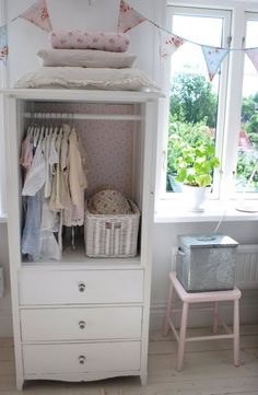 @Mollyhondro Layden - here's an idea for something without closets and would be nice and slim.