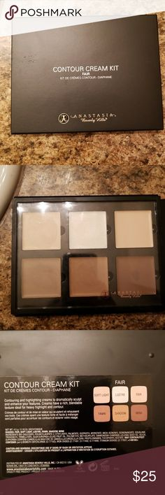 Anastasia Beverley Hills Creme Highlighter Palette Anastasia Beverley Hills Creme Highlighter Palette in Fair, purchased from Sephora and only used once, a few colors completely untouched Anastasia Beverly Hills Makeup Concealer
