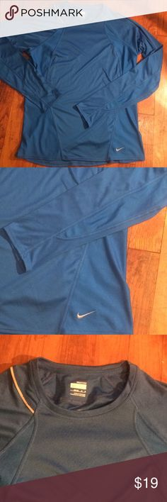 Boys Nike fit dry long sleeve shirt size m (8-10) This shirt is in excellent condition. No flaws. Boys size Nike Tops Tees - Long Sleeve