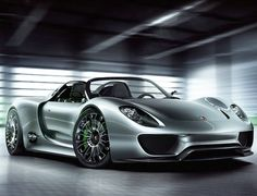 918 Spyder Hybrid Super Car