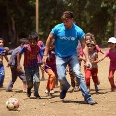 Ricky Martin visits child Syrian refugees at Rmoul in Lebanon
