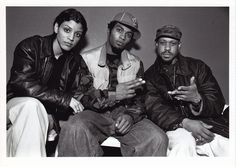 Ladybug Mecca(Digable Planets) pic appreciation thread - Page 2 90s Hip Hop, Hip Hop And R&b, Hip Hop Rap, Digable Planets, Gang Starr, Acid Jazz, Woman Singing, Love And Hip, Hands In The Air
