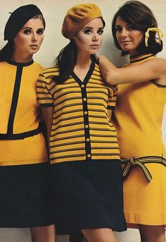 Pandora stops traffic in Orlon Regine Jaffry Colleen Corby Jennifer O'Neill 60s And 70s Fashion, Mod Fashion, Teen Fashion, Vintage Fashion, Space Fashion, Seventies Fashion, Runway Fashion, Fashion Trends, Lauren Hutton