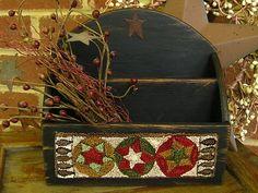 "Primitive Punch Needle ""Circle Stars"" on Distressed Wooden Organizing Box Rug Hooking, Locker Hooking, Wooden Organizer, Punch Needle Patterns, Rug Inspiration, Wool Art, Penny Rugs, Wool Applique, Christmas Art"