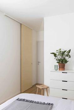 Plywood apartment - studio wok