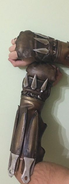 Sub Zero Mortal Kombat X weapons