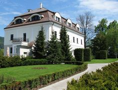 Welcome to Historic Hotels of Slovakia | Mansion Villa Necas | Zilina