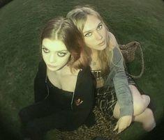Pretty People, Beautiful People, Grunge, Teenage Dirtbag, Bubbline, Punk, Teenage Dream, My Vibe, Photo Dump