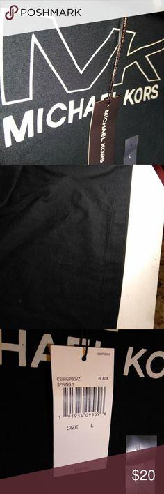 557cfded Michael Kors t-shirt nwt Michael Kors black T-shirt never used brand new