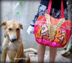 One dog + one gorgeous bag, Dahab style!  #bag #baglady #bags #Dahab