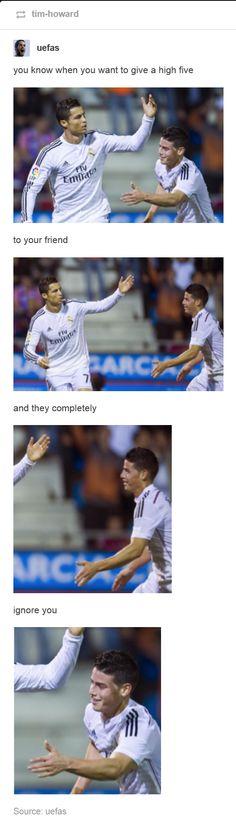 James and Cristiano Ronaldo Soccer Jokes, Soccer Gifs, Real Madrid Soccer, James Rodriguez, High Five, Cristiano Ronaldo, Football Players, Love Of My Life, Portugal