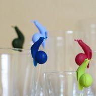 Petits escargots colorés pour retenir un sachet de thé ou marquer un verre...