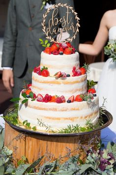 he makes me anorexic cuz Im a wedding planner and baker? fuck that bitch nigga if I don't eat you know what happens Elegant Wedding Cakes, Cool Wedding Cakes, Wedding Cake Designs, Trendy Wedding, Unique Weddings, Rustic Wedding, Wedding Day Tips, On Your Wedding Day, Wedding Planning