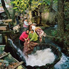 For about three dollars, you can rent time at this privately owned wooden washing machine in Sârbi, Maramureş, never more popular than when cleaning household rugs the traditional way—with surging river water—for Christmas or Easter. Romania People, City People, World Press, Contemporary Photography, Inspiring Photography, Life Moments, Documentary Photography, Press Photo, Culture Travel